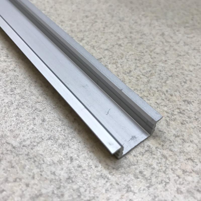 Профиль алюминевый врезной ЛПВ7 (анод)